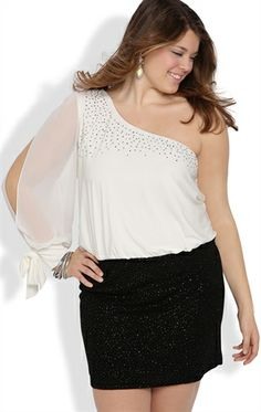 Plus Size Dress with One Split Sleeve and Stone Strap and Cuff