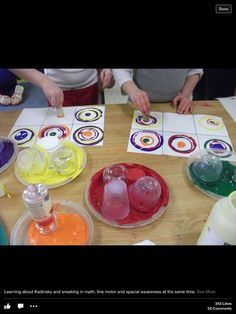 "DOT DAY: Learning about Kandinsky 'sneaking in maths, fine motor spacial awareness - from Small Kids Big Ideas ("",) Kindergarten Art, Preschool Art, Wassily Kandinsky, Kandinsky Kids, Ecole Art, Expressive Art, Art Lessons Elementary, Art Classroom, Art Club"