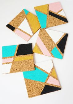 DIY Geometric Cork Coasters - One Broads Journey Homemade Coasters, Custom Coasters, Cork Coasters, Coaster Crafts, Cork Crafts, Corkboard Crafts, Diy Cork Board, Cork Board Painted, Tea Coaster