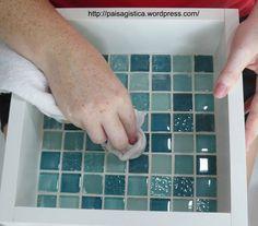 limpando o rejunte - paisagistica Craft Tutorials, Diy Projects, Mosaic Tray, Bath Decor, Decoration, Decoupage, Diy Home Decor, Diy And Crafts, Paper Crafts