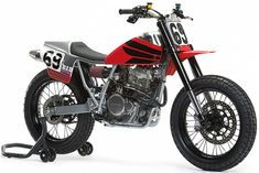 """bike-exif: """"New from the Nicky Hayden tribute flat tracker. It's one of this year's Hall Of Fame raffle bikes, and we reckon the Kentucky Kid would. Harley Davidson Custom Bike, Classic Harley Davidson, Harley Davidson Fatboy, Harley Davidson Street Glide, Nicky Hayden, Flat Tracker, Deus Ex Machina, Cafe Racer Build, American Racing"""