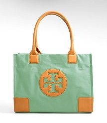 I love purses and I love Tory Burch...I need this to match my jewelry!!