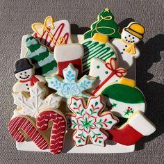 Christmas Cookies, Snowflakes, Sugar, Desserts, Food, Xmas Cookies, Tailgate Desserts, Deserts, Christmas Crack