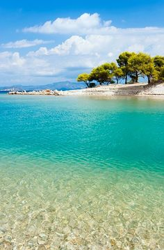 Pefkohori beach in Kassandra, Halkidiki, Greece Vacation Places, Vacation Spots, Places To Travel, Places To Go, Vacations, Halkidiki Greece, The Beach, Paradise On Earth, Summer Paradise