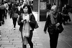 https://flic.kr/p/FKAY5Y | Caught | Glasgow. 02.04.2016 Leica M7; 50mm APO Summicron; Tri-X 400