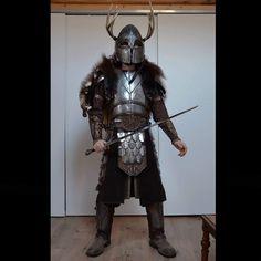 AscuasNegras armor. Larp Armor, Armadura Medieval, Leather Armor, Barbarian, Fantasy World, Elves, Vikings, Character Design, Cosplay