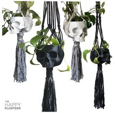 Dark Home Decor, Goth Home Decor, Boho Decor Diy, Skull Decor Diy, Casa Rock, Casa Halloween, Skull Planter, Planter Pots, Style Cottage