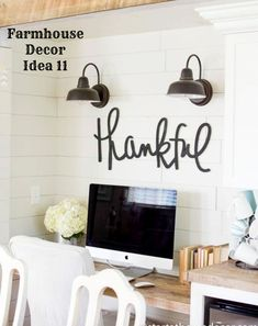 39 Long handwritten grateful MDF word cutout Start with – Farmhouse Office Decorating Ideas Farmhouse Office, Country Farmhouse Decor, Farmhouse Style Decorating, Farmhouse Windows, Modern Farmhouse, Farmhouse Lighting, Modern Country, Farmhouse Table, Mason Jars