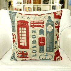 I want that Photos) Sofa Cushion Covers, Cushions On Sofa, Pillow Covers, Bed Pillows, Decor Pillows, Lumbar Pillow, London Decor, Room London, Houses