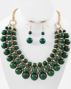 Gold Tone / Green Acrylic / Lead Compliant / Necklace & Fish Hook Earring Set