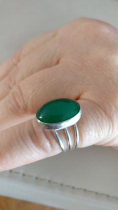 Oval Green Agate 925 Silver Ring jewelryofart@outlook.com