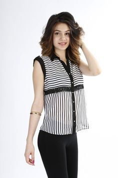 Chic Between the Lines Top #elchicfashion #mystyle