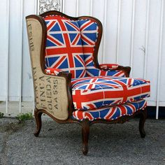 Instead of Union Jack bold red or blue in chair...love this!