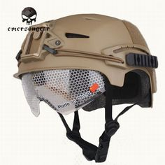 86.50$  Buy now - http://alipt4.worldwells.pw/go.php?t=32770985988 - Emerson Tactical Military Helmet with Protective Goggle Glasses For Men Airsoft Sport Hunting Helmet Accessories EM8981