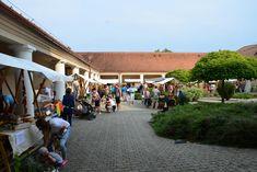 Hrubos Zsolt Malomudvar Móron Szeptembertől kéthetente kerül megrendelésre a Malomudvar termelői piac Mór város központjában változatos kínálattal a helyiek nagy örömére. Több kép Zsolttól: www.facebook.com/zsolt.hrubos és www.hrubosfoto.hu Dolores Park, Street View, Facebook, Travel, Viajes, Destinations, Traveling, Trips