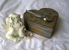 Heart-shaped Wooden Jewelry Box Skated Blue Paint Varnished In The Special…