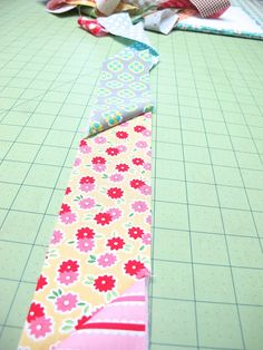 Bee In My Bonnet: Preparing Your Quilt Backing and Scrappy Binding Tutorial ...