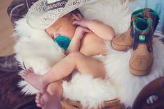 www.jamiefindlayphotography.com // Newborn and Family Lifestyle Photography // Eastern Idaho, Northern Utah // Little Cowboy