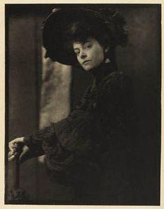 U.S. Miss Minnie Ashley, Camera Work X, 1905 // photo by Gertrude Kasebier (1852-1934)