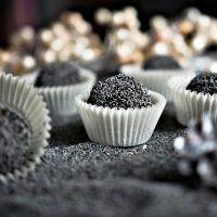 Recept : Nepečené makové kuličky | ReceptyOnLine.cz - kuchařka, recepty a inspirace Kitchen, Cooking, Home Kitchens, Kitchens, Cucina, Cuisine, Room Kitchen