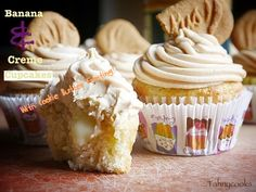 Banana & Creme Cupcakes With Cookie Butter Frosting