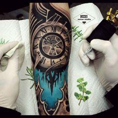 #clock #drozdovtattoo #tattooinstartmag #tattoostyle #chicano #tattooart #blackandgrey #tattoolife #inkkaddicted #inkdollz #tattooed #style #sleevetattoo #tattoozlife #instatattoo #sullen #tattoos #lowridertattoostudios #goodfellastattio #ink_life #inkeeze #minddlowingtattoos #lifestyletattoo #worldtattoo #tattoos_of_instagram #inkjunkeyz #ru_tattoo #inknationofficial