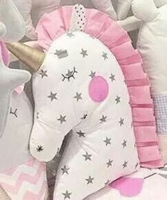 New Sewing Pillows Star 48 Ideas - Kids Pillows - Ideas of Kids Pillows Sewing Toys, Baby Sewing, Sewing Crafts, Sewing Projects, Sewing Ideas, Cute Pillows, Baby Pillows, Kids Pillows, Unicorn Pillow