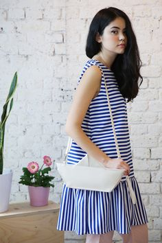 Let's take an adventure.The Open Back Peplum Stripe Dress and the Ivory Origami Boat Shoulder Bag. Look Fashion, Fashion Beauty, Fashion Outfits, Gamine Outfits, Origami Boat, Unique Bags, Couture, Dress Collection, Striped Dress