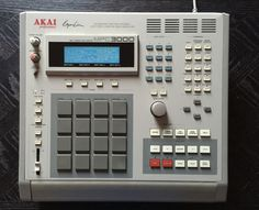 Akai MPC-3000.