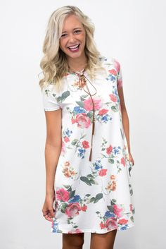 Swing Style Piko Dress in Floral Off White