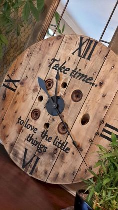 diy wall clocks 357543657920979843 - Marvelous Diy Recycled Wooden Spool Furniture Ideas For Your Home No 14 Source by Wood Projects, Woodworking Projects, Palette Diy, Wall Clock Design, Diy Clock, Clock Ideas, Diy Wall Clocks, Clock Wall, Clock Decor