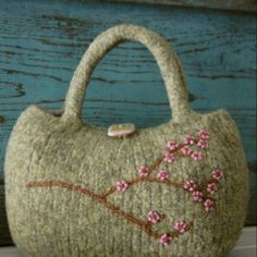 http://www.etsy.com/listing/58757575/pdf-pattern-little-cherry-blossoms-bag