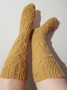 Niina Laitinen äitienpäiväsukat 2019 High Socks, Fashion, Moda, Thigh High Socks, Fashion Styles, Stockings, Fashion Illustrations