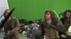 """Deleted scene from Battle of Five Armies!  Why oh why oh why didn't they end the movie this was, the way Tolkien wrote it... Thorin, Fili and Kili, finally together in life and then in death... bittersuites: """" oppuchan: """" Why is this scene is not in the movie…… """" THEY HAD IT RIGHT AND THEN THEY CHANGED IT FOR THAZOG ON ICE I CAN'T AAAAAAAAARRRRRRRRRGGGGGGGGHHHHHHHHHHHHHHHHHHHHHHHH *gently..."""