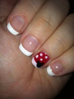Mickey manicure for Disney