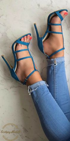Shades of blue // Heels from @koifootwear