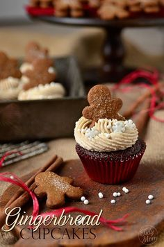 Gingerbread #cupcakes with Cinnamon Brown Sugar Buttercream #recipe at TidyMom.net