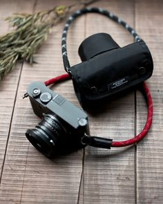 New accessory: Extended Spring Roll Camera Jacket for Leica M/Leica Q | Leica Rumors