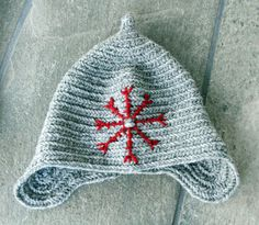 Helene's Page - A little about my hobbies - nalbinding hat embroidered