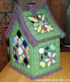 Mosaic Bird Houses | D Gardens and Crafts