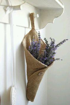 Burlap lavender holder