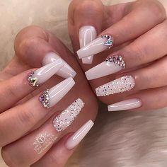 Nails swarovsky [Hair and beauty]Acrylic Nails swarovsky [Hair and beauty]Acrylic Nails swarovsky - Nails Swarovski Nails, Crystal Nails, Rhinestone Nails, Bling Nails, Swarovski Crystals, White Acrylic Nails, Best Acrylic Nails, Acrylic Nail Designs, White Nails