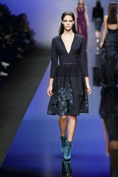 ELIE SAAB Ready-to-Wear Autumn Winter 2013-14: Love the shape and color.