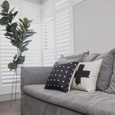 CUSHION LOVE // did you know @millywy.perth have a range of linen cushion covers to suit any home !! To view the complete range click on the link in my bio  www.millywy.bigcartel.com