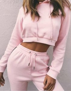 2 Piece Set Crop Top Hoodie And Pants – Tomscloth Moda Fashion, Fashion 2018, Fashion Pants, Teen Fashion, Fashion Outfits, Suit Fashion, Pink Fashion, Ladies Fashion, Fashion Clothes