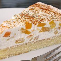Peach sour cream cake, a popular recipe from the baking category. - Kochrezepte Peach sour cream cake, a popular recipe from the baking category. Cupcake Recipes, Baking Recipes, Snack Recipes, Colson Baker, Sour Cream Cake, Canned Peaches, Cheesecake, Pumpkin Spice Cupcakes, Food Cakes