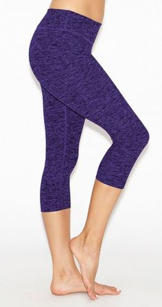 Salt & Pepper Capi by BEYOND YOGA   Activewear   Yoga Pant   Legging   Yoga Love   Fall Fashion   Fitness   Workout Gear   #iamBEYOND