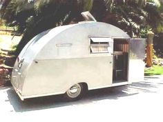 Tiny Trailers, Vintage Campers Trailers, Retro Campers, Camper Trailers, Teardrop Camper Trailer, Tiny Camper, Camper Life, Best Travel Trailers, Truck Tent