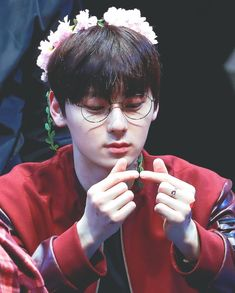 image by kpop. Discover all images by kpop. Find more awesome hwangminhyun images on PicsArt. Im Hyunsik, Jinyoung, Korean Entertainment, Pledis Entertainment, Busan, Kpop, Nu Est Minhyun, Cha Eun Woo Astro, Ong Seung Woo