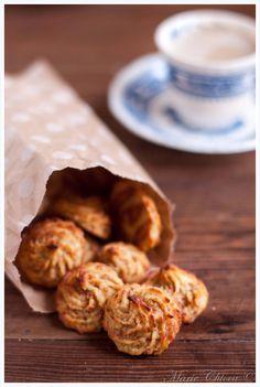 Almond cookies: sub almond flour for okara. Coconut flour for spelt. Okara Recipes, Vegan Recipes, Snack Recipes, Dessert Recipes, Cooking Recipes, Snacks, Candy Recipes, Sweet Recipes, Dessert Ig Bas